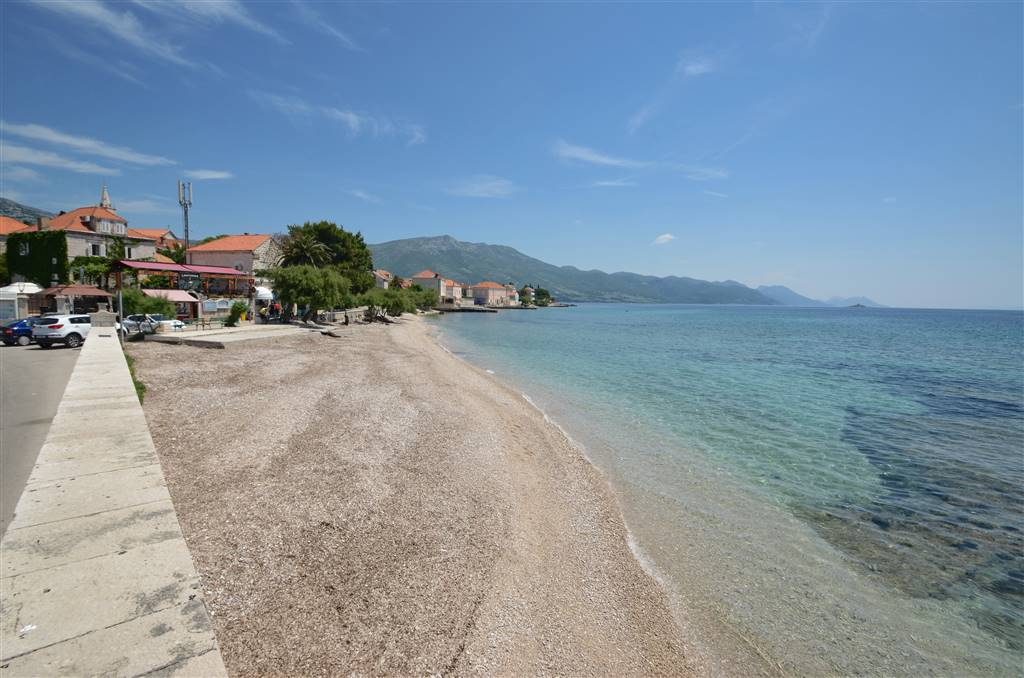 07-pebble-beach-in-orebic