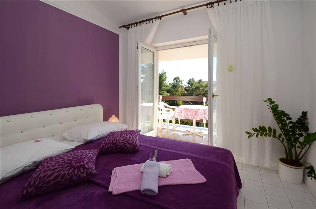 zora-apartment3-bedroom-02